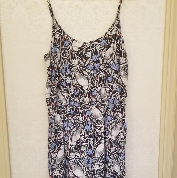 Old Navy Dresses & Skirts - Short summer dress